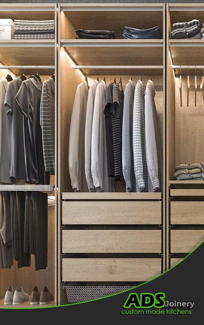 wardrobe_storage